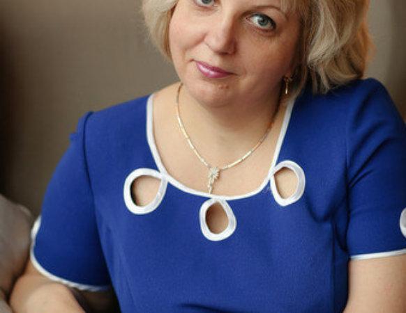 Светлана Иванова– сертифицированный психолог-консультант, НЛП-практик. Стаж работы 20 лет, практикующий личный и семейный психолог, ведущий психологических групп и тренингов.