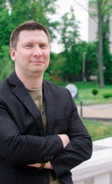 Илья Савченков